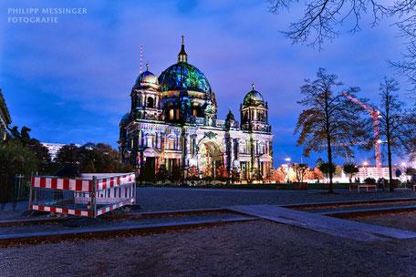 Berliner Schnauze Bustour Berliner Sightseeing Bus  Berliner Dom Berlin leuchtet Festival of Lights einmaliges Erlebnis tolle Berliner Aussicht, Erlebnistour durch Berlin