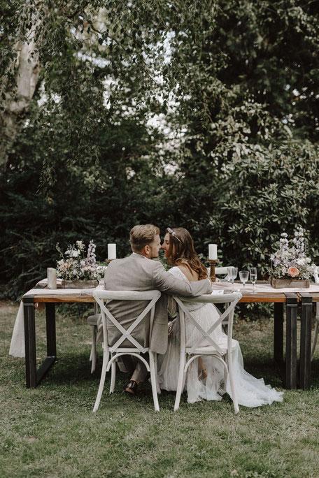 Die Freie Trauung in Osnabrück, holt Euch Hochzeitsinspirationen für die Hochzeitsplanung auf www.philosophylove.de Freie Trauungen und Hochzeitsreden in Osnabrück, Hamburg und Düsseldorf, Haus Brink