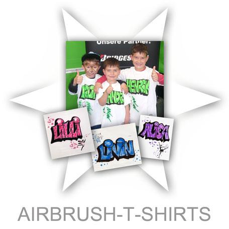 Airbrush T-Shirts besprühen Face-Bodypainting.de Textilien Kinder Aktion Firma Sommerfest Event Promotion professionell Stand Attraktion Party Logo individuell angepasst Firmenveranstaltung Name personalisiert Graffiti Bubble