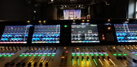 Setup am Soundcraft Vi3000 der Scheune Dresden
