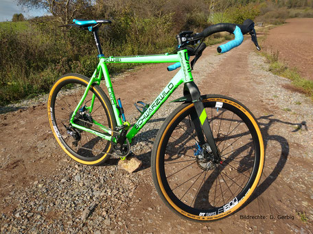 Carbon Gabel Schwarzwild Gravelbike Roadbike Starre Carbon Gabel Bildrechte D Gerbig 1
