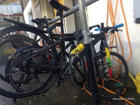Lightcarbon Edition T.Stock carbon Gabel Stadtfahrrad Mountainbike mit Rennradreifen Tuning Bildrechte J Mathis 3