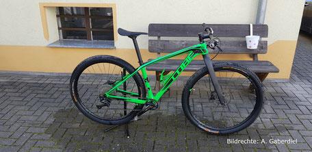 Carbon Gabel Starrbike Cube grün mit 480mm UD matt Gabel Bildrechte A Gaberdiel 1