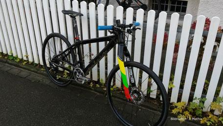 Lightcarbon Edition T.Stock carbon Gabel Stadtfahrrad Mountainbike mit Rennradreifen Tuning Bildrechte J Mathis 1
