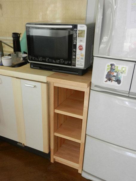 キッチン横収納棚施工後の画像1