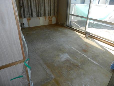 解体:絨毯、畳撤去の画像2