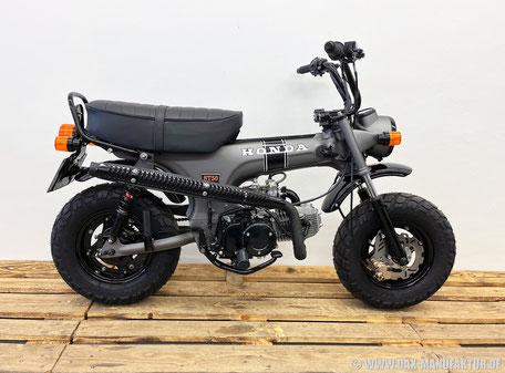 Honda Monkey Z50