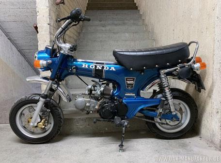 Honda Dax ST50G