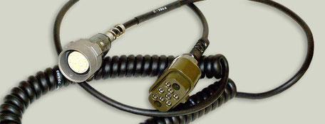 Fernsprechkabel mit 8-pol. Brechkupplung und Stecker U-77/U
