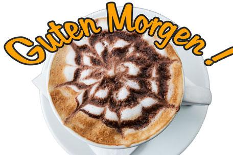 spruchkarte-grusskarte-guten-morgen-cappuccino-mit-muster-von-oben-auf-weissem-hintergrund