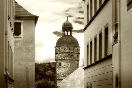 Nikolaiturm-in-Görlitz-sepia