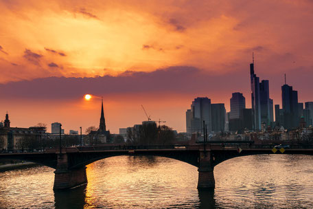 Skyline-Frankfurt-Main-Skytower