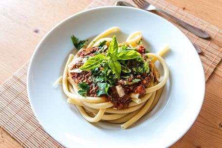 maccaroni-pasta-bolognese-II