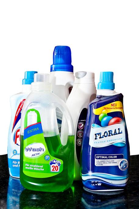 fluessigwaschmittel-braucht-man-wirklich-alle