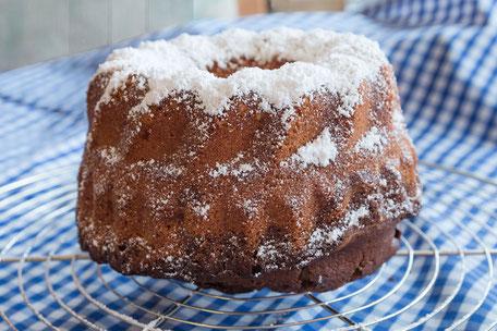 Kleiner Marmor-Gugelhupf-Ganzer Kuchen mjpics