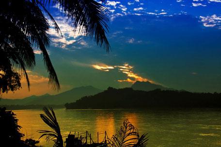lichtschauspiel-am-mekong