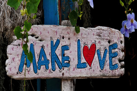 Make-Love-Hippie-Schild-holz-tafel