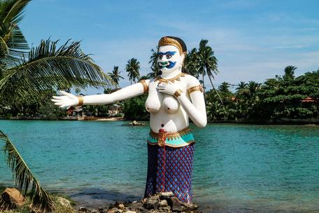 figur-big-buddha-place-koh-samui