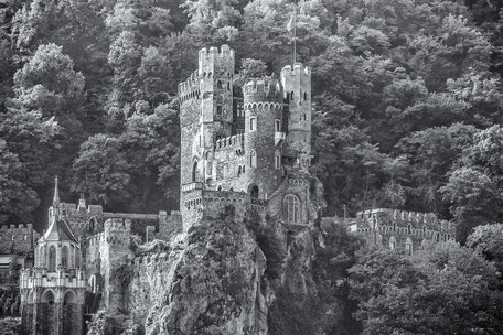 Burg-Rheinstein-monochrome