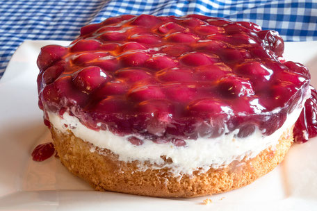Kleiner Kirsch-Quark-Kuchen © Jutta M. Jenning mjpics