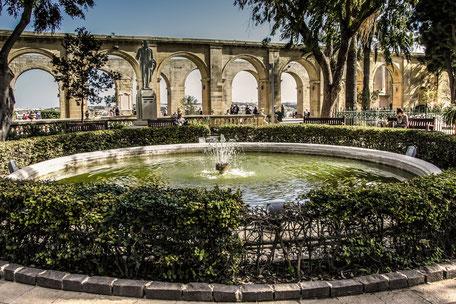 valletta-upper-barrakka-garden-springbrunnen