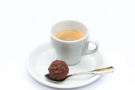 espresso-mit-praline-II