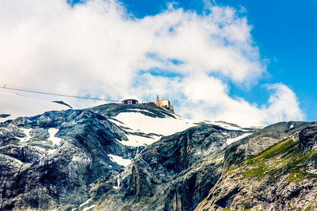 bergstation-seilbahn-tirol-oesterreich-kaunertal