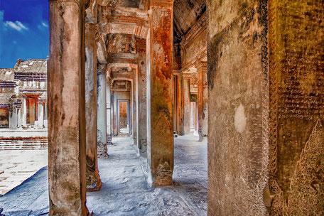 Säulen in der Tempelanlage Angkor Wat Kamboscha © mjpics