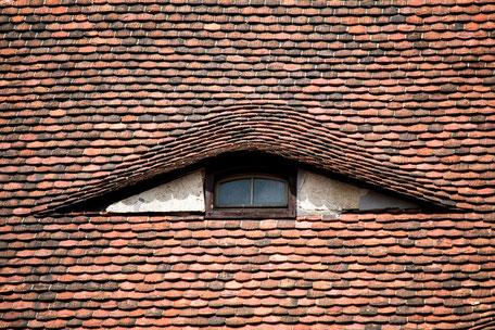 Hausdach-mit-Auge