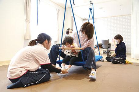 こどもみらい園ぽぽらす,「児童発達支援」個別機能訓練の様子