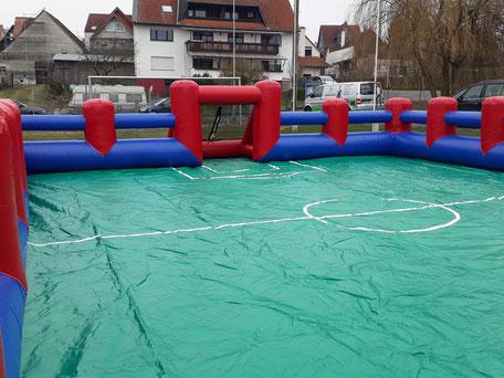 Mobiler Soccer Court Soccercourt mieten Verleih Frankfurt Hessen Wetterau Fußball Bubble Soccer Football