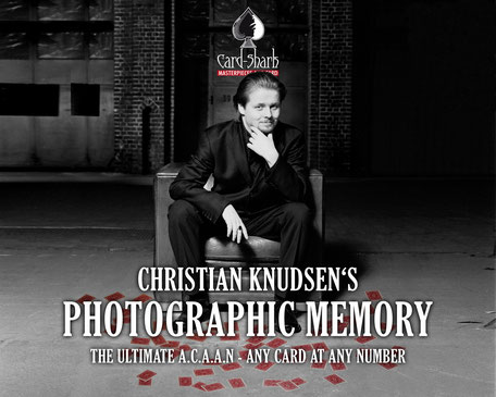 """Photographic Memory"" - Christian Knudsen, Zauberer in Hamburg"