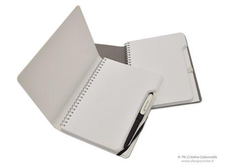 Blocco notes con elastico porta penna - copertina cartoncino rigido