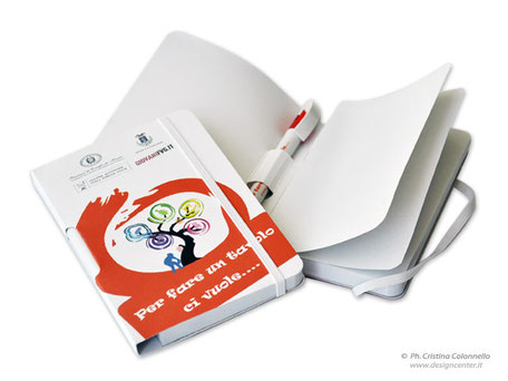 Blocco notes con penna - Provincia PN - Giovani FVG - Per fare un tavolo ci vuole