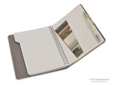 Blocco notes, quaderno moloeschine con tasca interna porta biglietti e portapenna