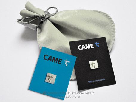 Spilla da gaiacca in argento raffigurante il nuovo logo CAME spa