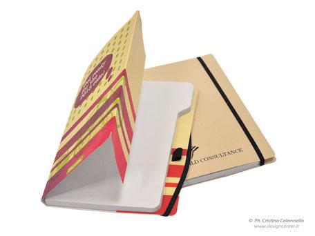 Notebook - copertina in cartoncino  tutta personalizzata e penna