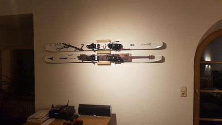 Wandhalterung Wandmontage Ski horizontal vertikal Ski Halterung wall mount Holz Eiche