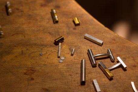 Bild: Manschettenknöpfe herstellen lassen aus Silber und Gold