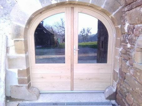 Fenêtre et porte fenêtre bois aluminium PVC menuiserie extérieure en Corrèze