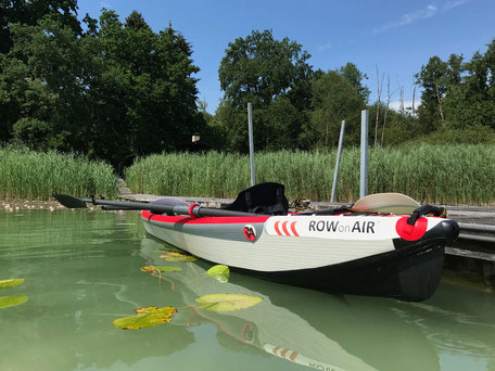 ROWonAIR | AIRKAJAK RowMotion mit zerlegbaren Skulls rudern & paddeln auf dem Simssee