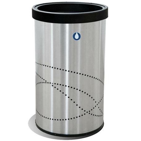 Clave: 6232. Medidas: 49cm X 80cm de 150 Lts. Con práctico cinturón interno, ideal para sujetar la bolsa de basura y eliminar la mala apariencia de las bolsas expuestas. Tapa con abertura amplia. Fondo de Plástico de alta resistencia