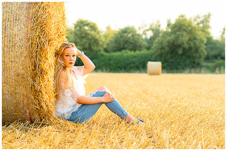 Strohballenshootings sind in den letzten Jahren schwieriger geworden, da die Landwirte die Ballen nicht mehr lange auf den Feldern liegen lassen.