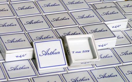 Boîte à dragée en porcelaine personnalisée