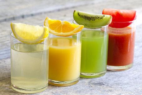 Frischgepresste Obst- und Gemüsesäfte