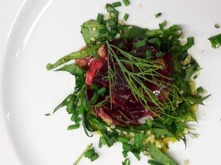 Rote Beete Avocado Türmchen / Mood-Food