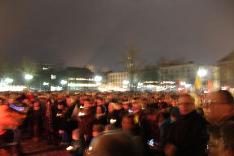 Demonstration auf dem Domplatz in Münster