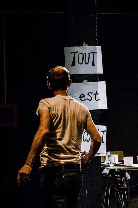 Photo (c) Florian Jarrigeon - Candide qu'allons-nous devenir ? - Théâtre à cru - Alexis ARMENGOL