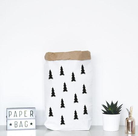Paperbag mit tollen Weihnachtstannen