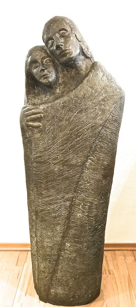 Die Liebenden, Bronze von Prof. Karlheinz Urban, Freund von Prof. Dr. Seibel